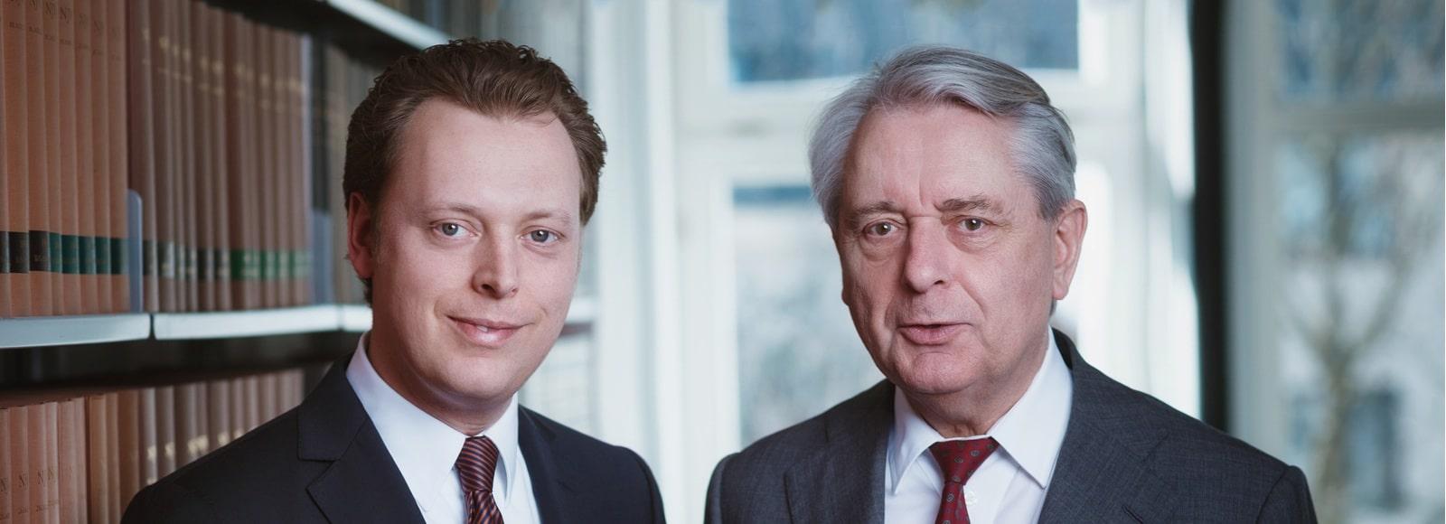 Rechtsanwälte Dr. Hans-Josef Rüber und Dr. Florian Rüber in der Kanzlei in Köln